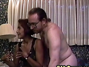 Vintage amateur fucked in first sextape